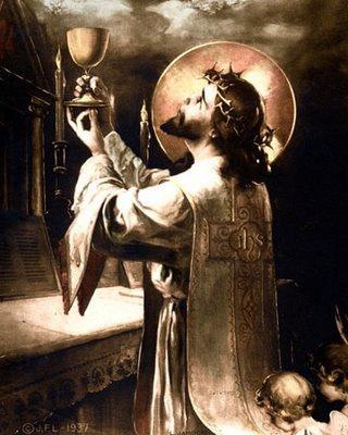 O Sacrifício da Santa Missa é o mesmo da Cruz; e o Sacerdote é o próprio Cordeiro Imaculado, Nosso Senhor Jesus Cristo, na pessoa do sacerdote.
