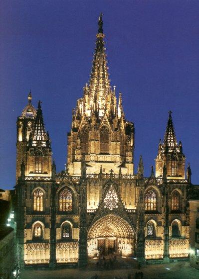 Catedral da Santa Cruz e Santa Eulália em Barcelona na Espanha.