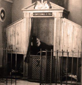 Confessionario-pe-pio