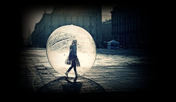 bolha protegendo alguém