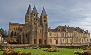 paray-le-monial-santuarios-na-França